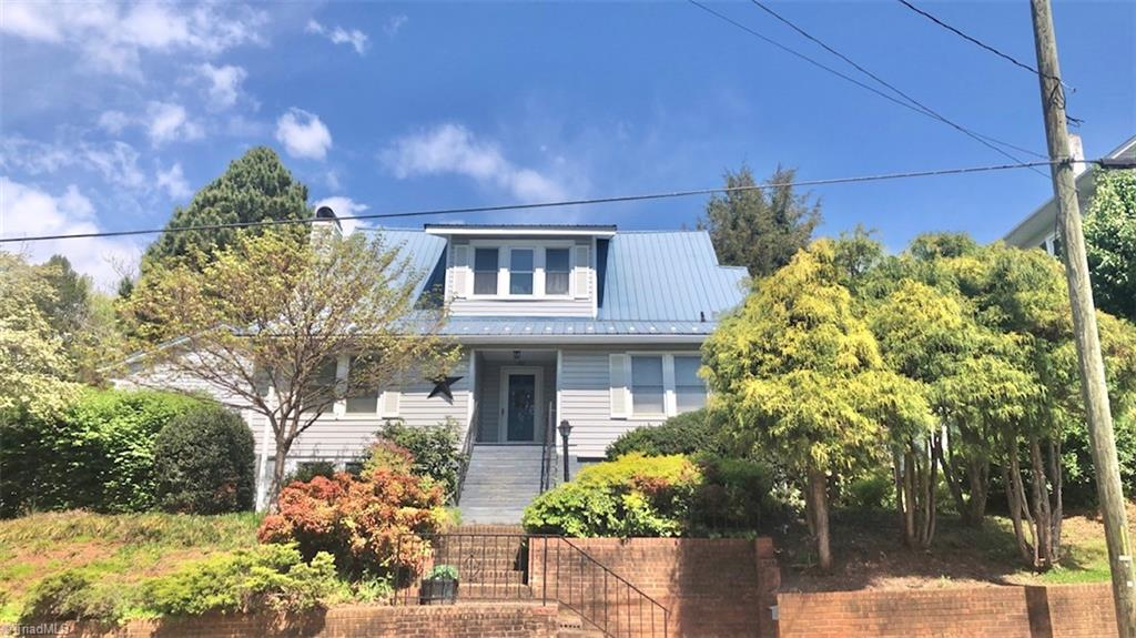 412 E Street Property Photo