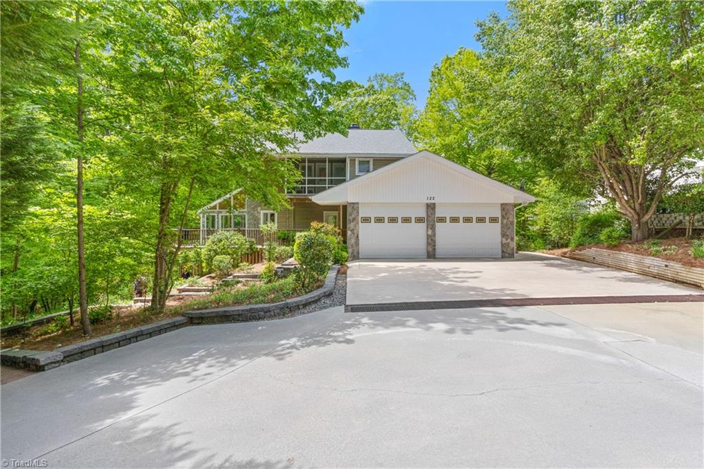 122 Mountain Harbor Drive Property Photo 2