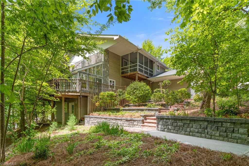 122 Mountain Harbor Drive Property Photo 5