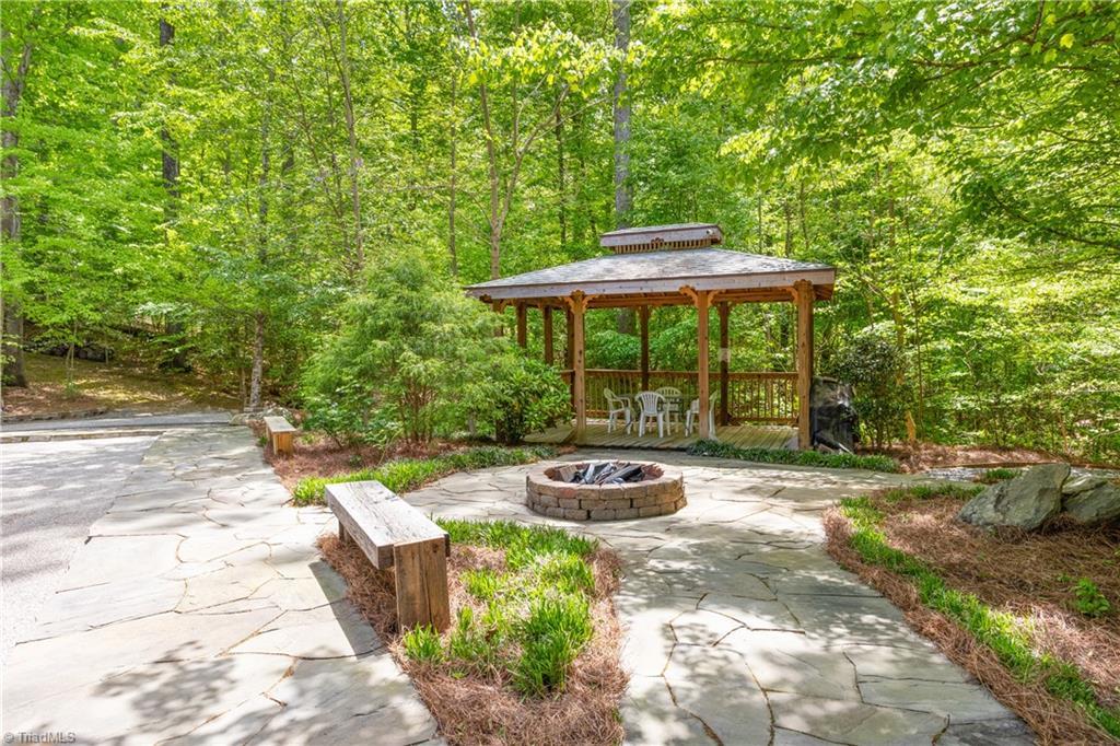 122 Mountain Harbor Drive Property Photo 10