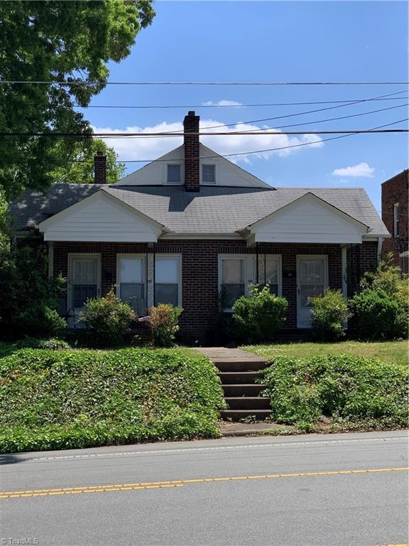 1102 Main Street Property Photo 2