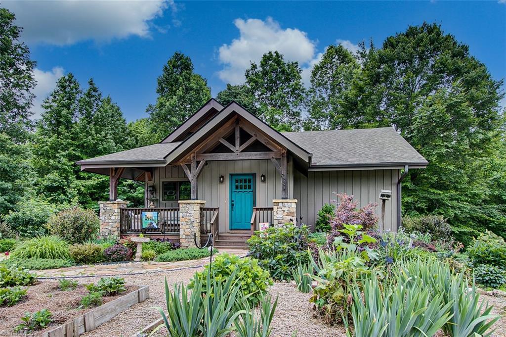 27248 Real Estate Listings Main Image