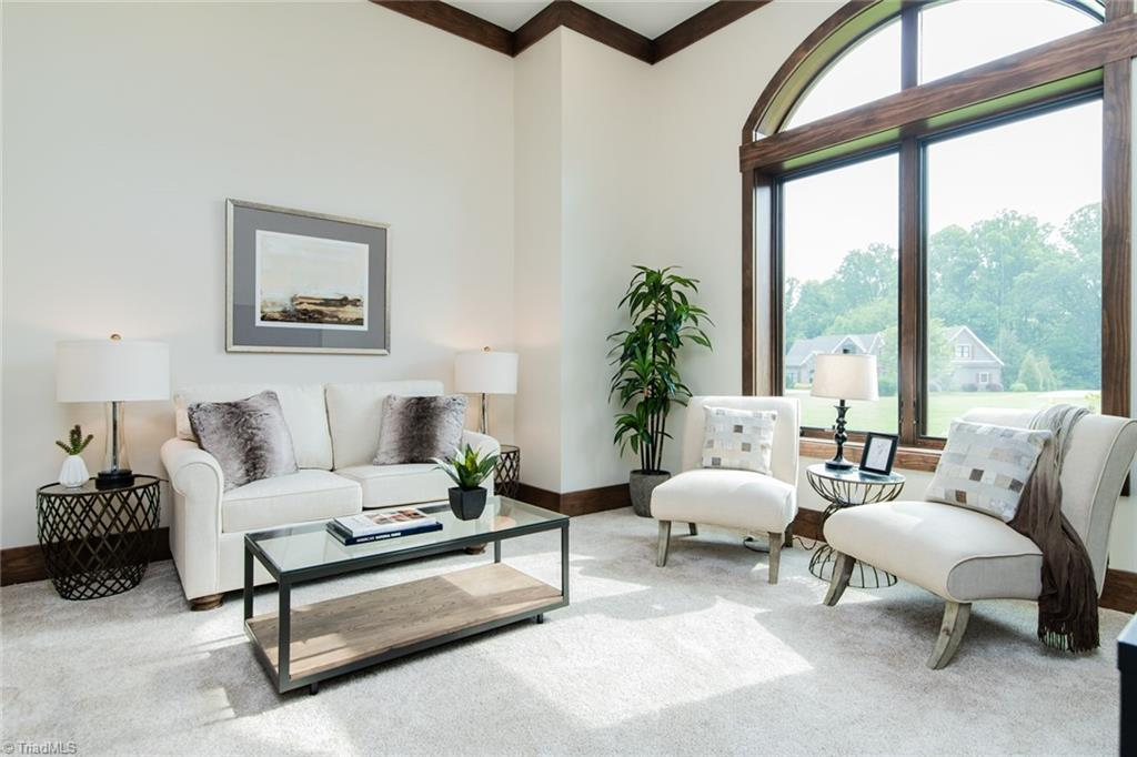 584 Lissara Lodge Drive Property Photo 15
