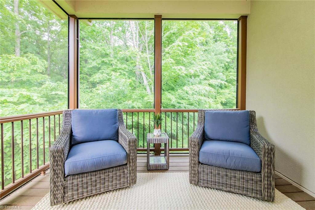 584 Lissara Lodge Drive Property Photo 22