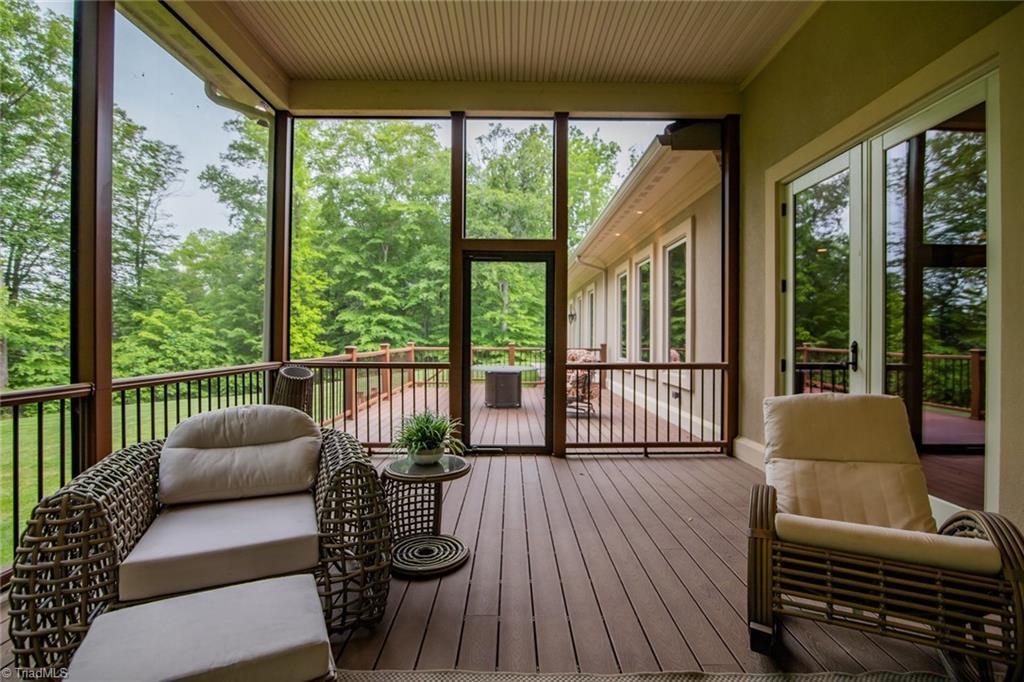 584 Lissara Lodge Drive Property Photo 26