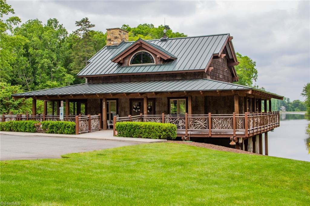 584 Lissara Lodge Drive Property Photo 37