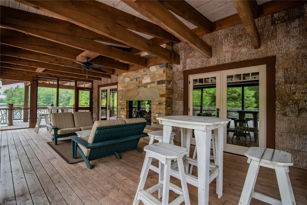584 Lissara Lodge Drive Property Photo 39
