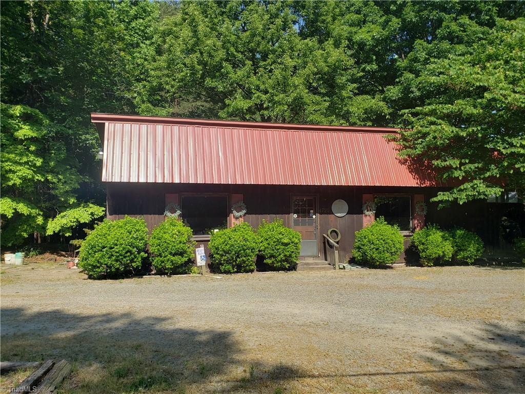 4729 Siloam Road Property Photo