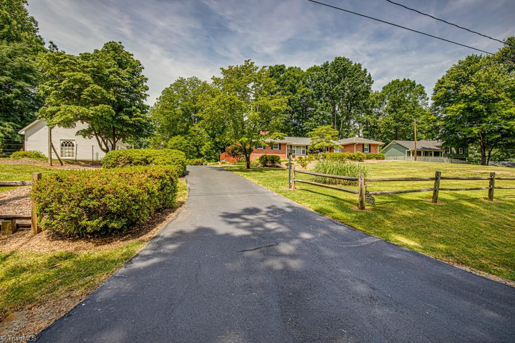 2580 Lockwood Drive Property Photo