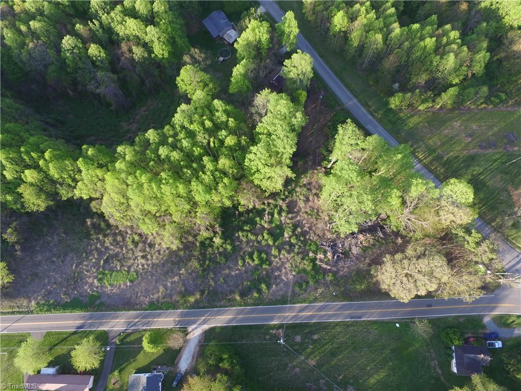 2340 Wards Gap Road Property Photo