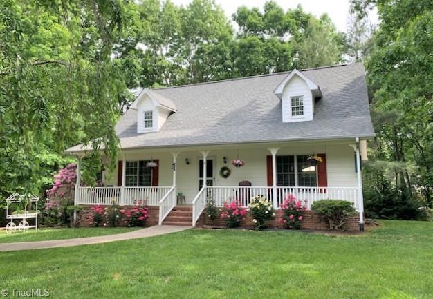 136 Pleasant Drive Property Photo 1