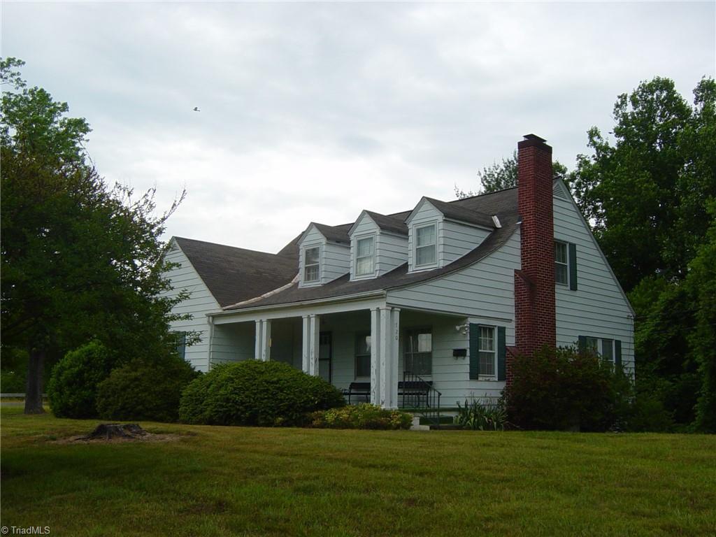720 Woodland Boulevard Property Photo