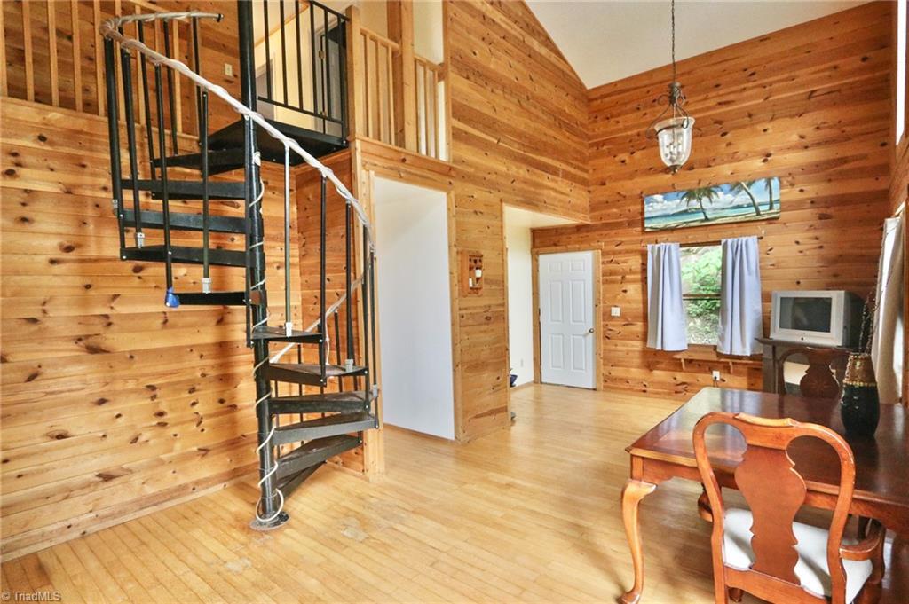 517 Deer Ridge Lane Property Photo 1