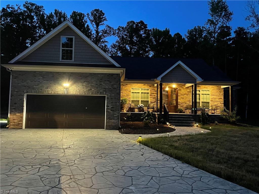 4401 Pine Vista Lane Property Photo