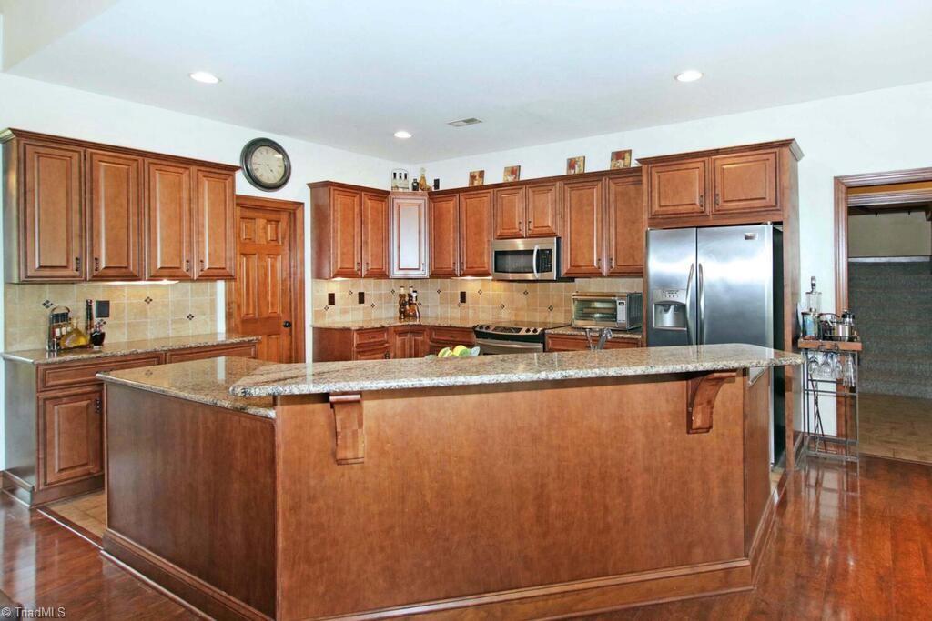 440 Lake Pointe Lane Property Photo 13