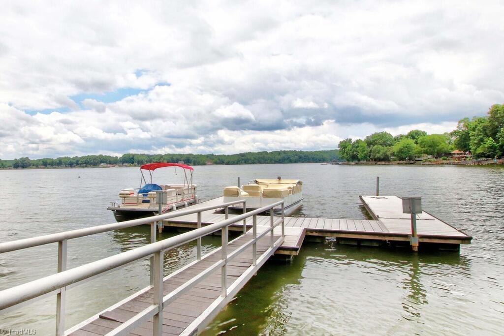 440 Lake Pointe Lane Property Photo 45