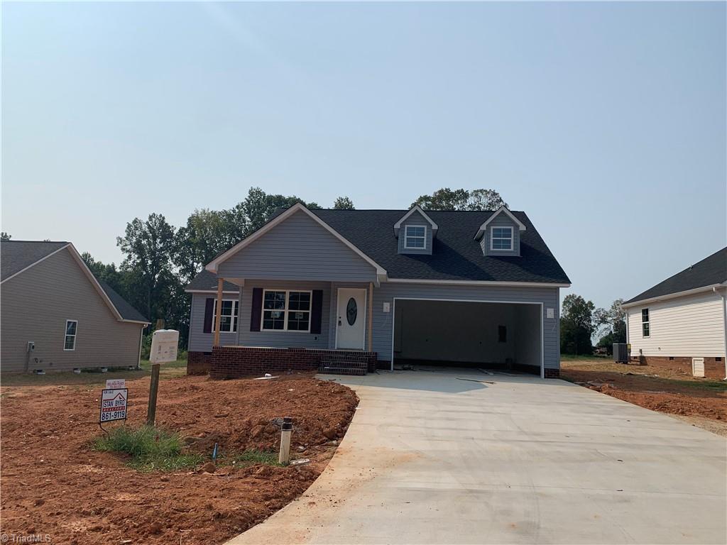 114 Brooke Ridge Drive Property Photo 1