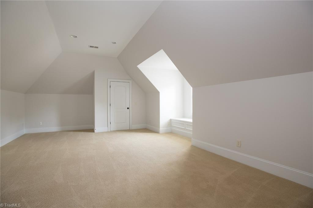 2801 Swan Lake Drive Property Picture 31