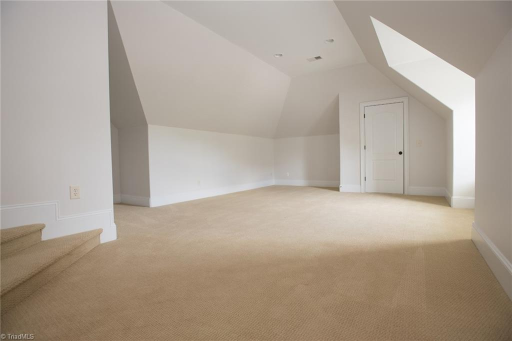 2801 Swan Lake Drive Property Picture 32