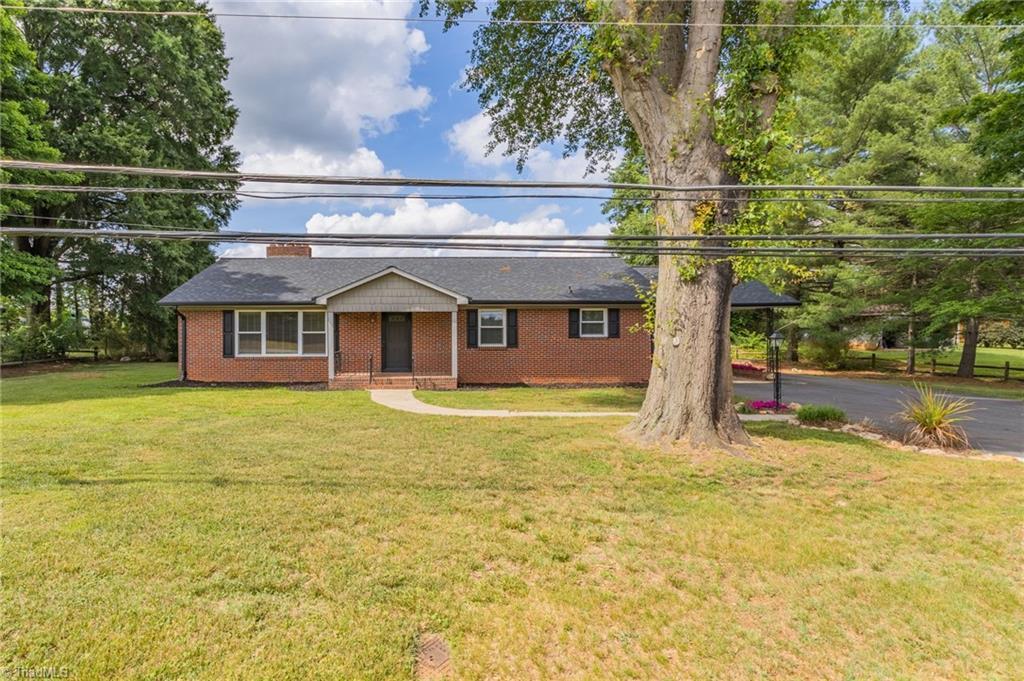537 E Main Street Property Photo
