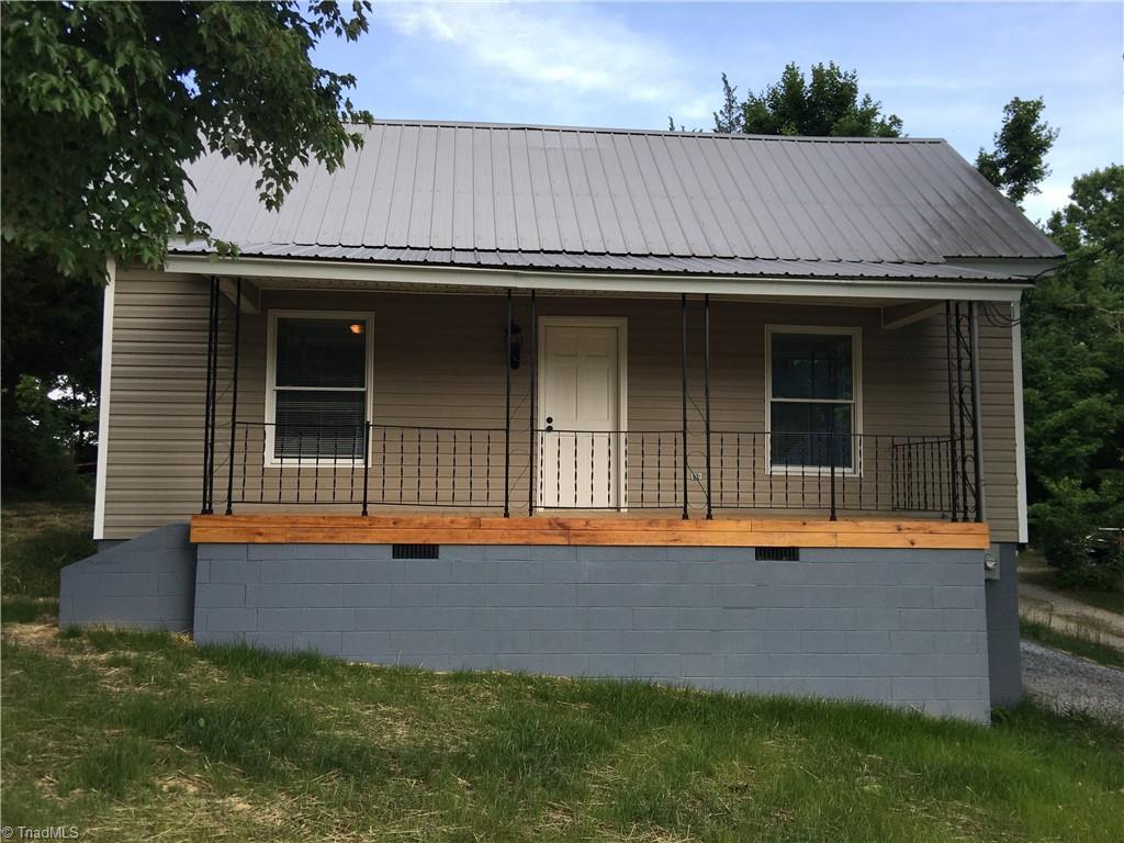 203 Watt Street Property Photo