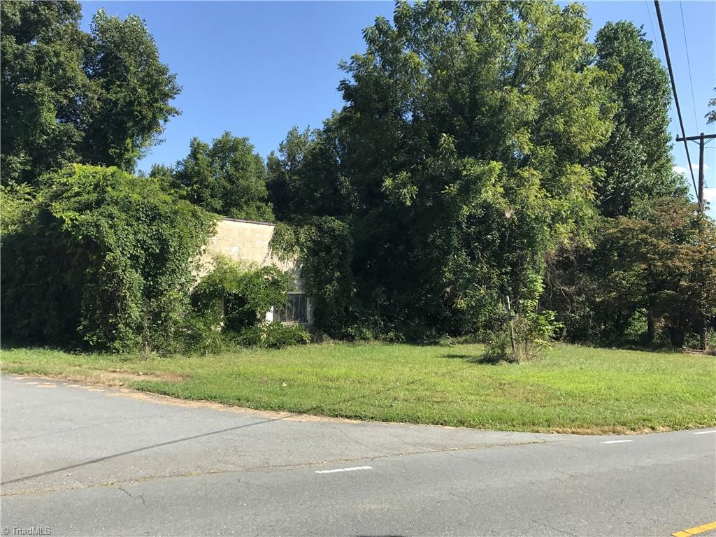 5400 Tobaccoville Road Property Photo