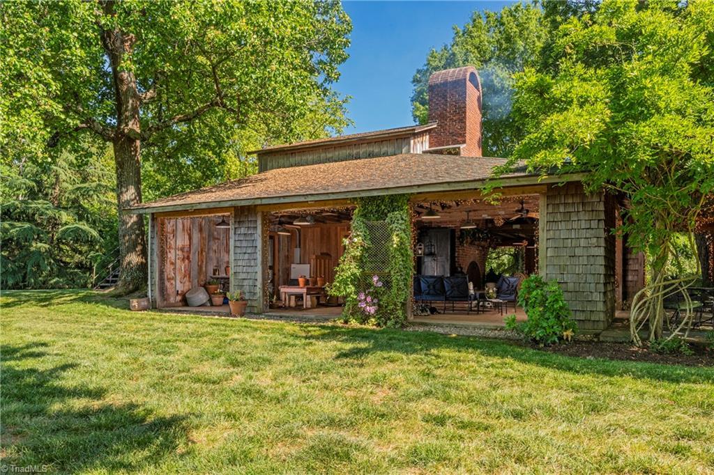 196 Blue View Farm Trail Property Photo 7