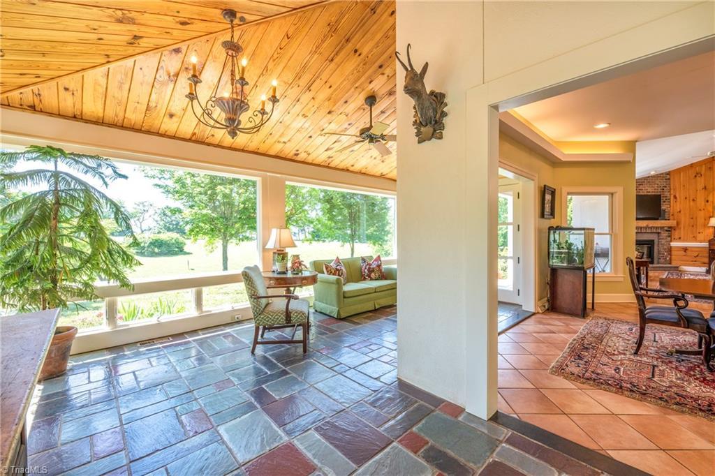 196 Blue View Farm Trail Property Photo 24
