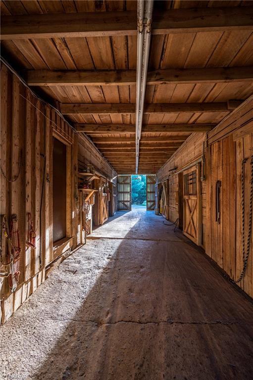 196 Blue View Farm Trail Property Photo 44