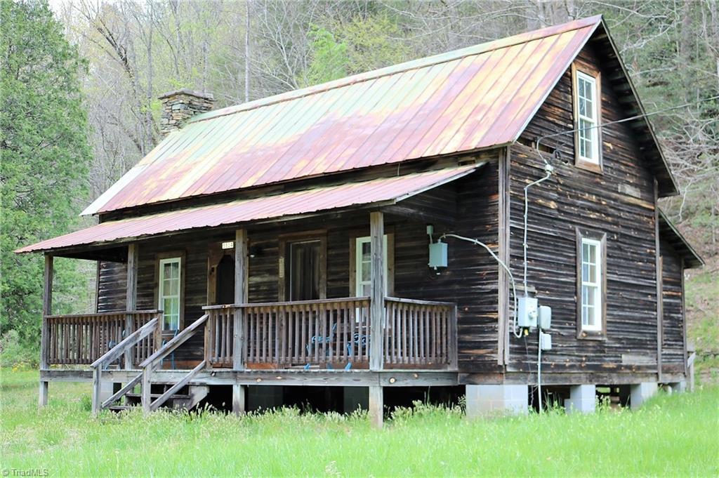 5514 Elk Creek Darby Road Property Photo