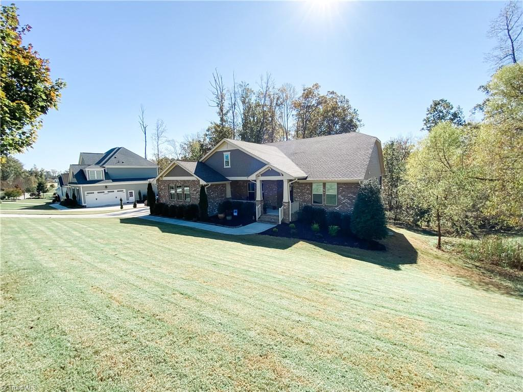 27517 Real Estate Listings Main Image