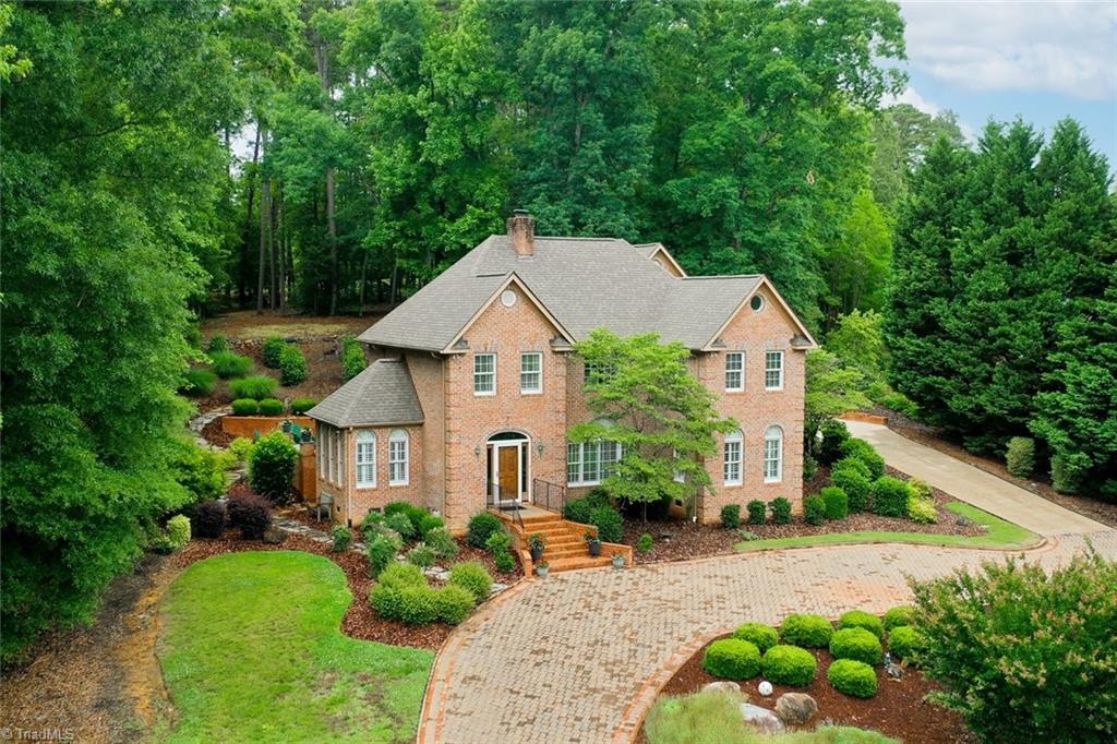 125 Glenbrook Spring Property Photo