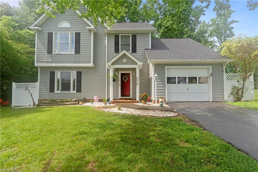 274 Winfield Drive Property Photo 1