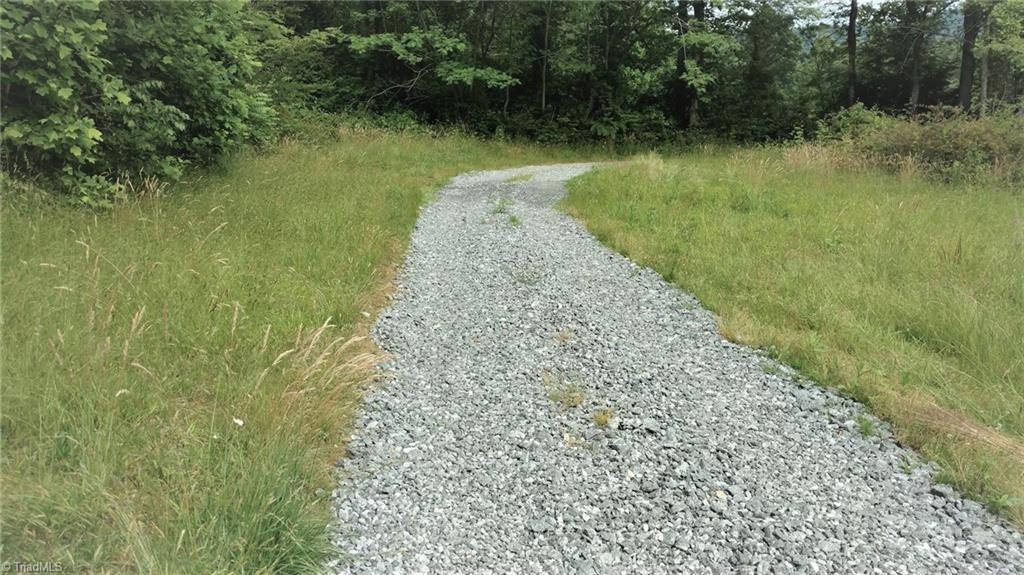 4081 Pigtail Road Property Photo