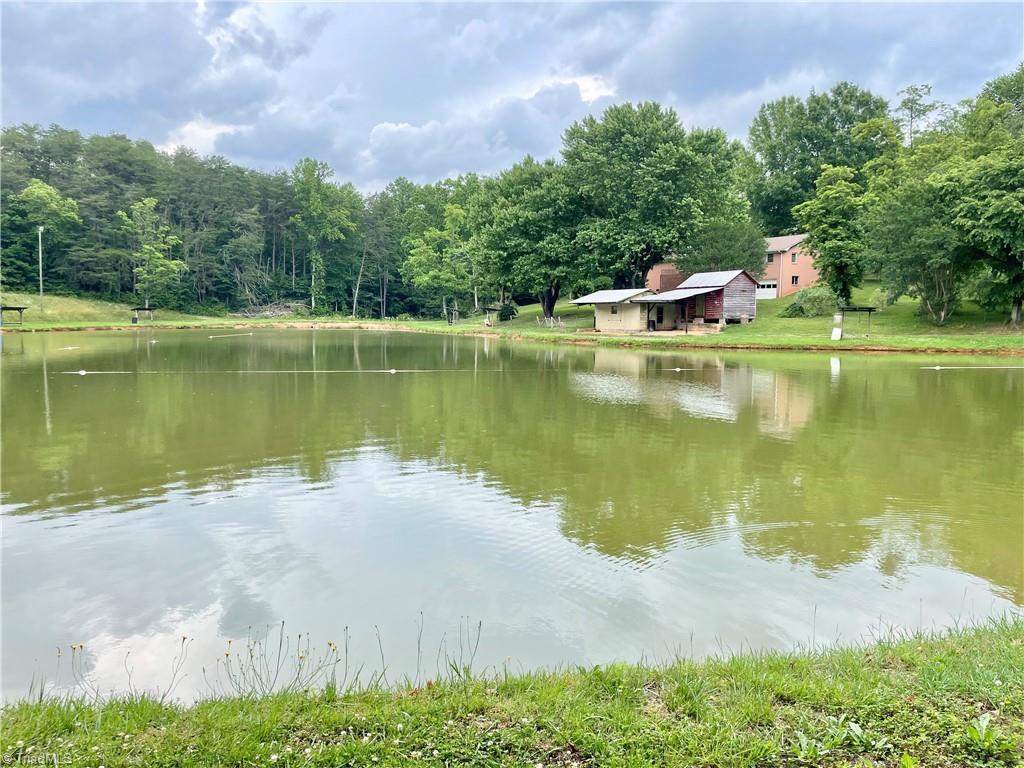 183 Bobs Fish Lake Lane Property Photo 1