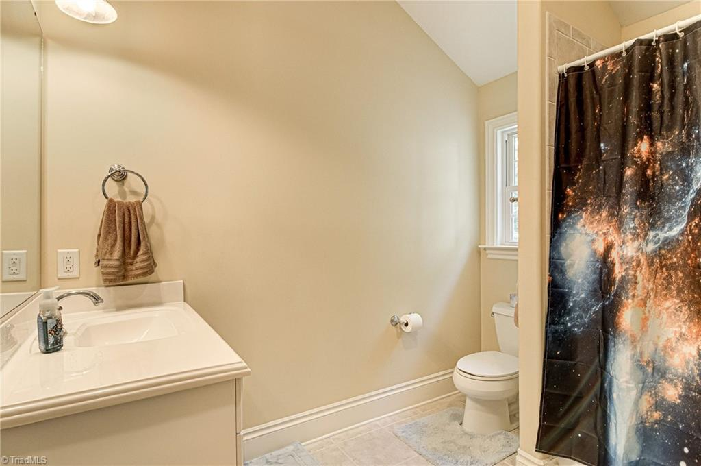 7503 Henson Forest Drive Property Photo 25