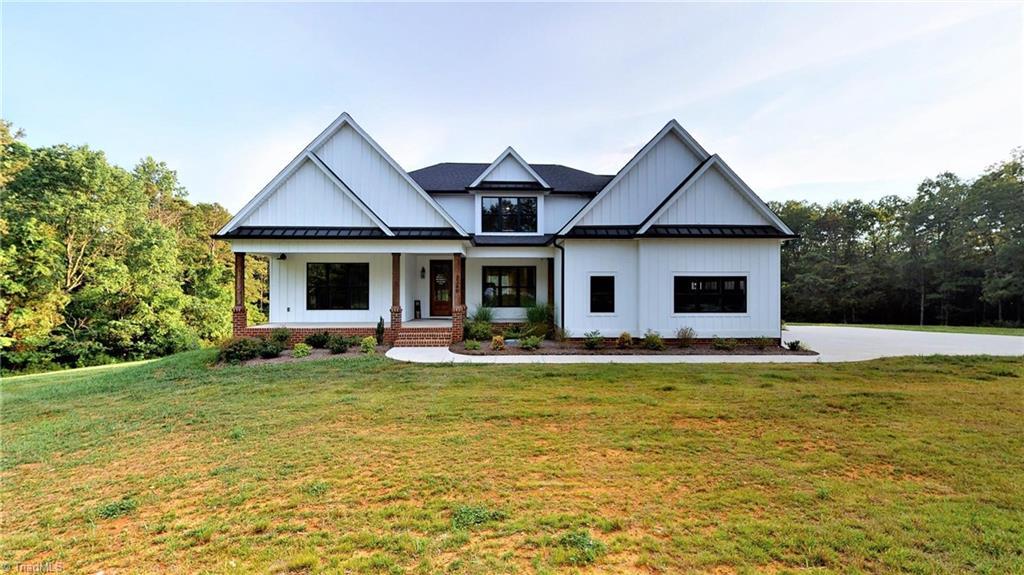 3349 Finch Farm Road Property Photo 1
