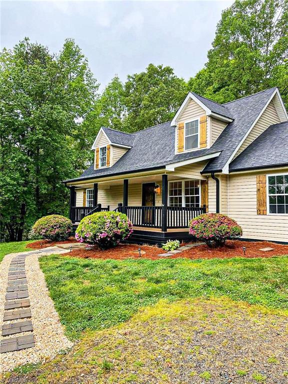 313 Circle Drive Property Photo