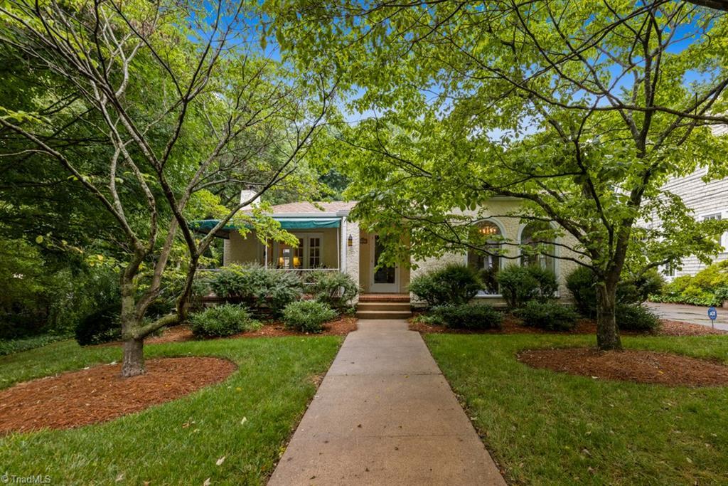 2229 Maplewood Avenue Property Photo