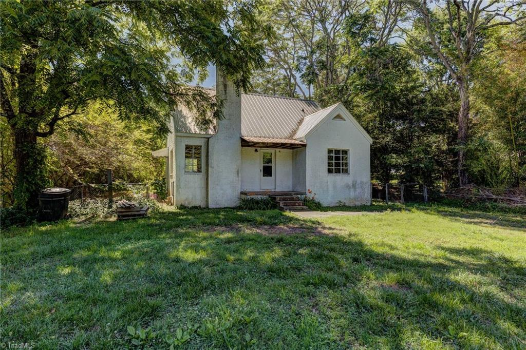 6031 Tobaccoville Road Property Photo