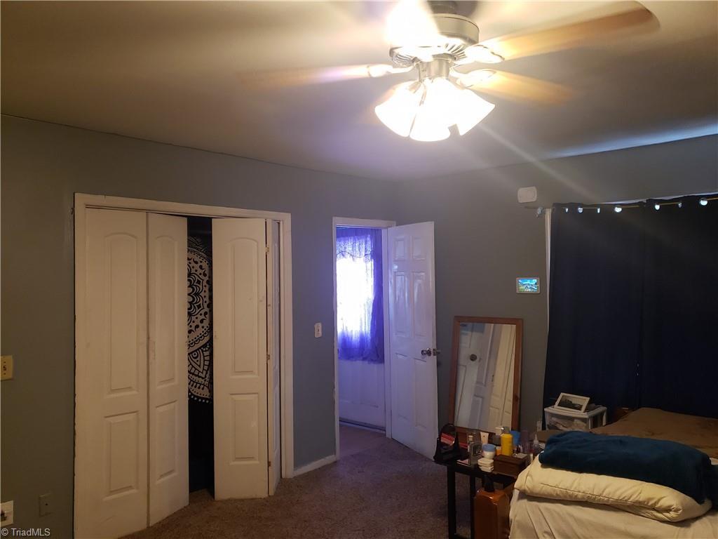 3903 Oak Grove Avenue Property Photo 6
