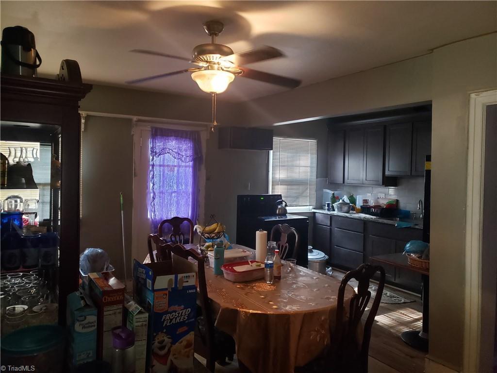 3903 Oak Grove Avenue Property Photo 11