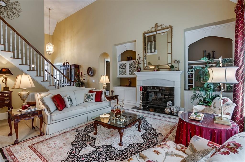 810 Jefferson Wood Lane Property Photo 7
