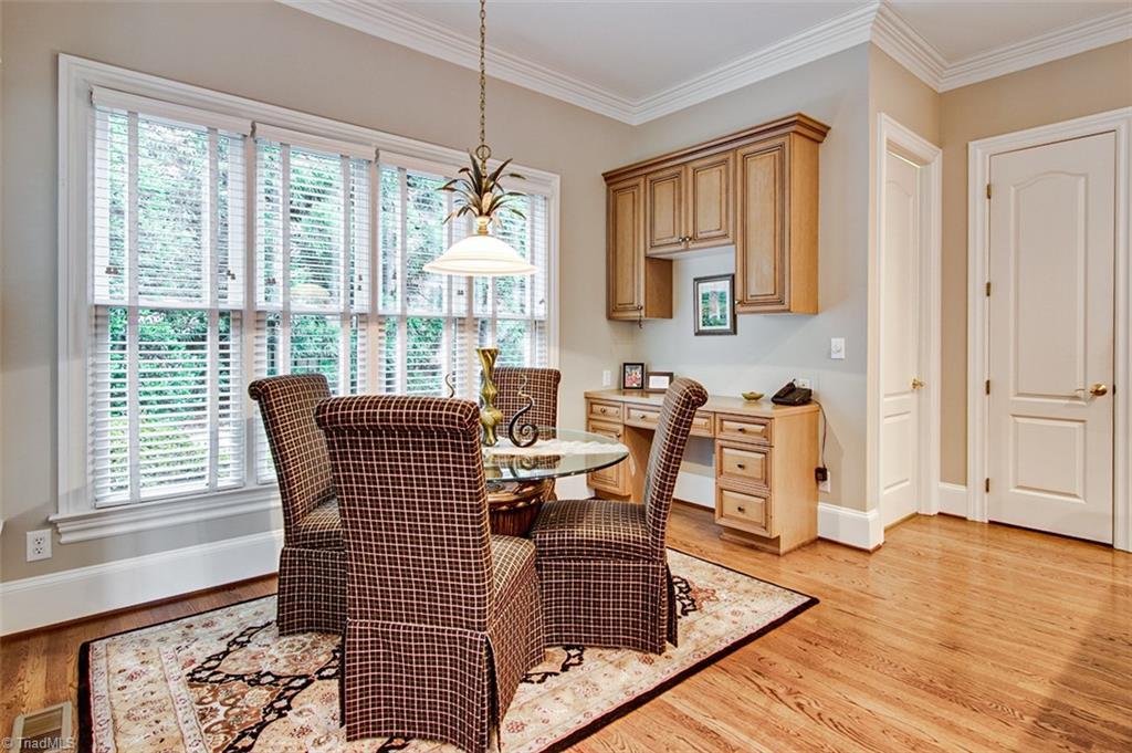 810 Jefferson Wood Lane Property Photo 14