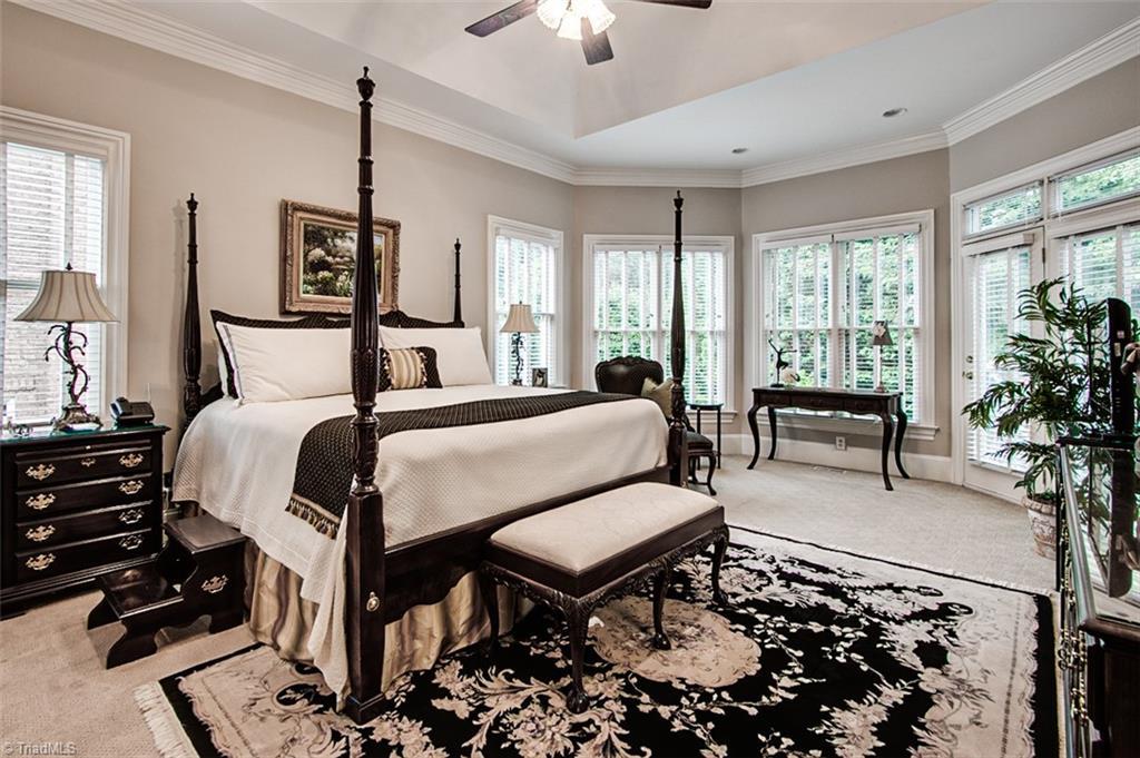 810 Jefferson Wood Lane Property Photo 15