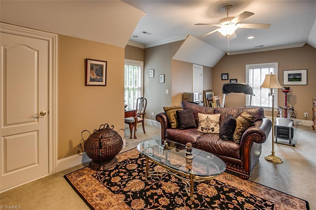 810 Jefferson Wood Lane Property Photo 25