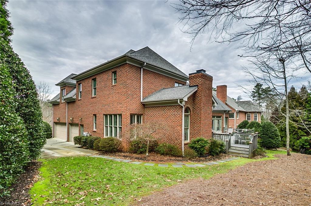 810 Jefferson Wood Lane Property Photo 29