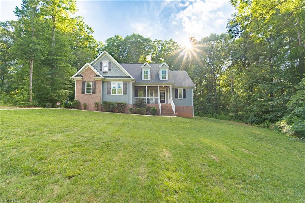 27350 Real Estate Listings Main Image