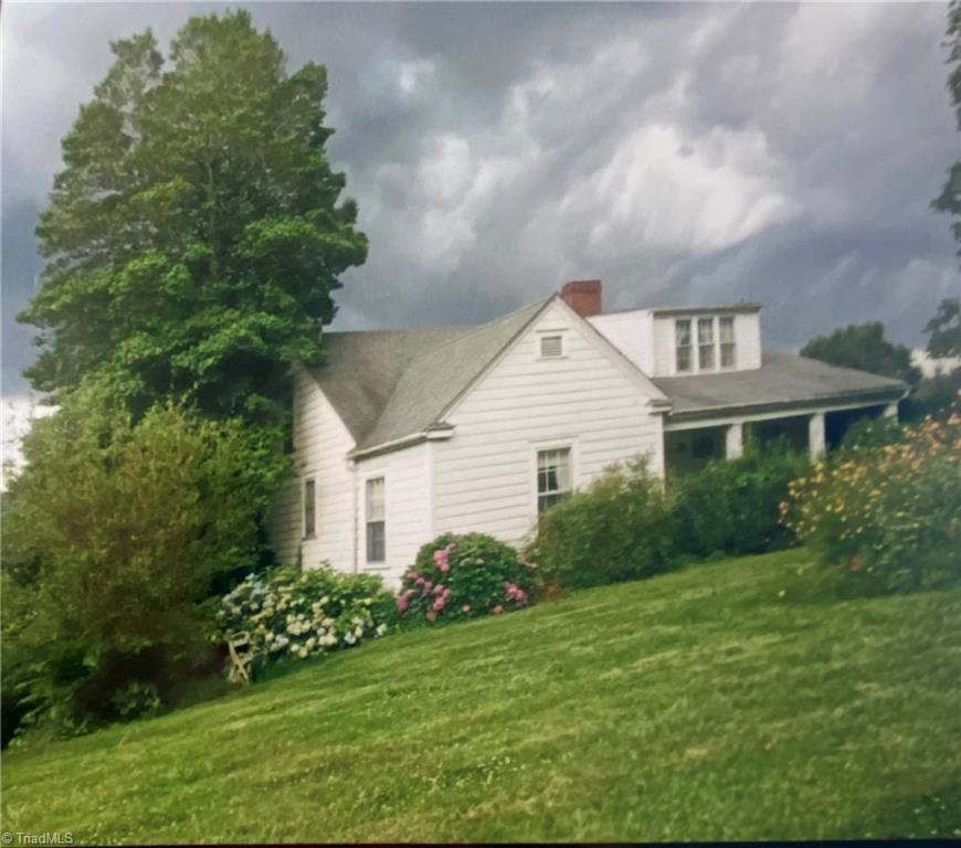 1131 Lithia Springs Road Property Photo