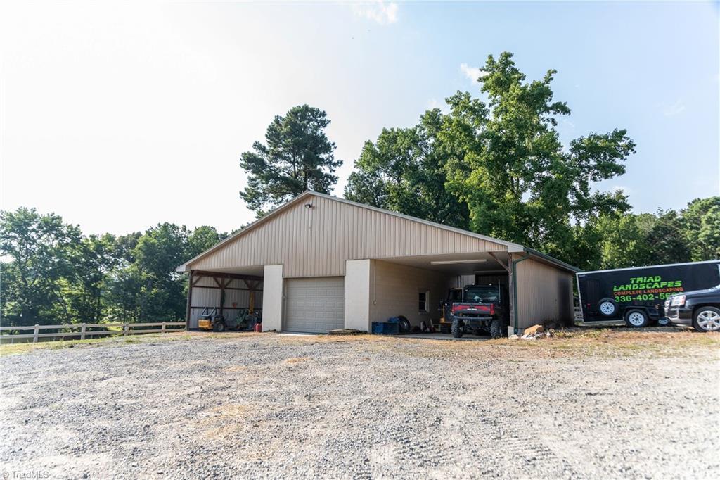 1531 W Nc Highway 62 Property Photo 27